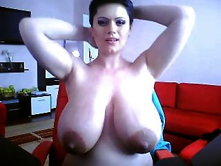 calistra नग्न शो