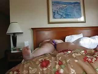 व्यवसाय के एक होटल में अकेले महिला को