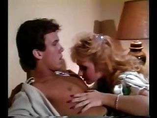 थोड़ा रोमांस - 1986