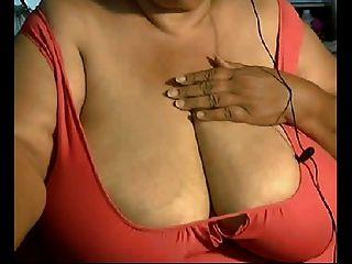 तुम होगा उन बड़े परिपक्व स्तन प्यार