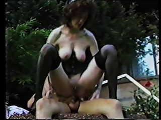 रेट्रो बीडीएसएम - विचित्र - Saggy स्तन - गुदा