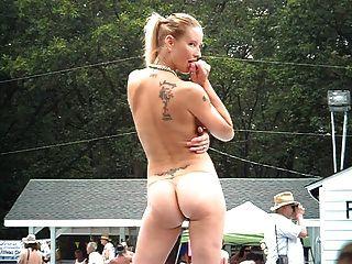 नग्न लड़कियों के समूह PONDEROSA 2012