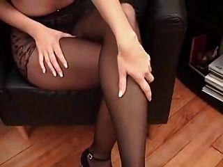 काले pantyhose में Suzana