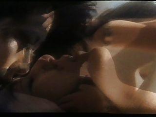 गर्मी समलैंगिक दृश्य में nuhuan महिला