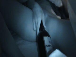 चीनी लड़की की बोतल हस्तमैथुन