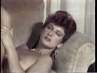 पेरिस 1 की लेस किशोरों (1985)
