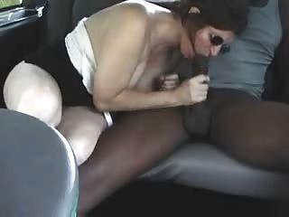 कार में कमबख्त
