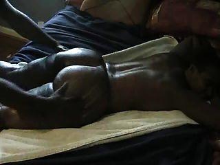 बड़े काले लूट मालिश
