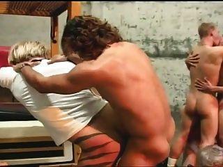 इन गर्म लोगों के लिए समलैंगिक नंगा नाच बकवास कार्रवाई