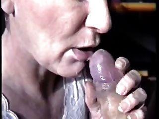 उसके मुँह में बड़ा सह