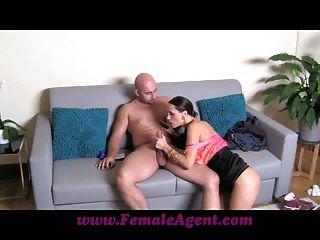 FemaleAgent मुखमैथुन अच्छा कर रहे हैं