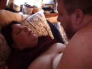 बीबीडब्ल्यू पत्नी गड़बड़ हो रही है और titty cumshot