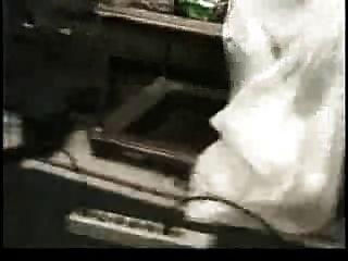 बड़े स्तन वैनेसा ब्लू और कठिन सफेद मुर्गा
