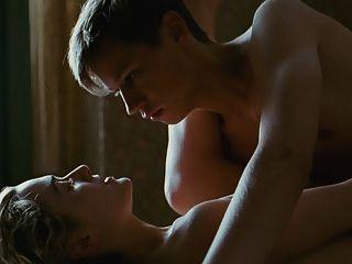 केट विंसलेट रीडर में नग्न