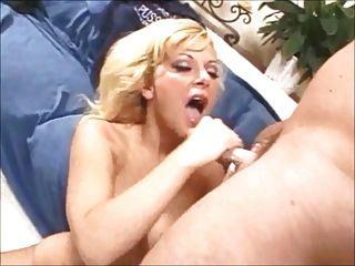 गर्म handjobs-मुखमैथुन 58