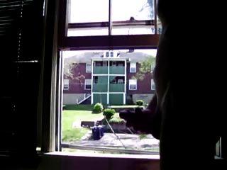 खिड़की पर