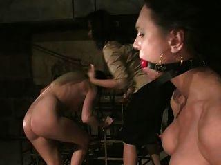 वेश्या किसी न किसी और गांठदार हो जाता है