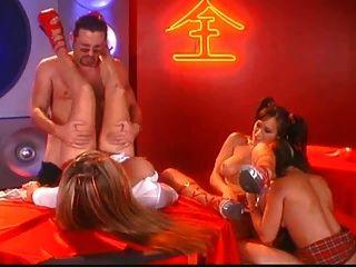 एशिया Carrera, Kianna डायर और स्टेफ़नी बेनी शराब पी और नशे