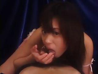 एशियाई लड़की blowjob, handjob और cumshot