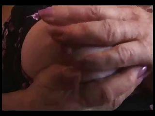 आकर्षक है सेक्सी दादी देखा जा प्यार करता है।शौक़ीन व्यक्ति