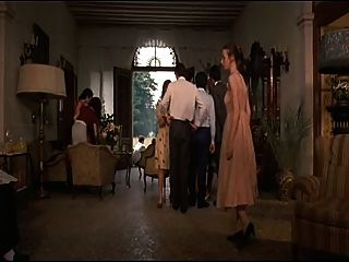 La nipote (1974) (इतालवी कामुक परिवार कॉमेडी)