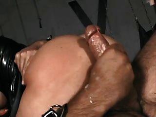 मालकिन गुलाम द्वारा गड़बड़