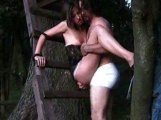आउटडोर सेक्स वीडियो