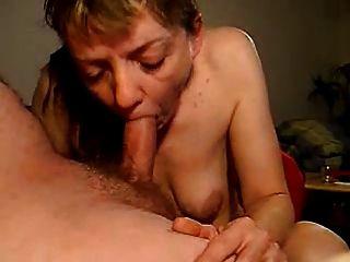 सपना: छोटे खाली saggy स्तन 17