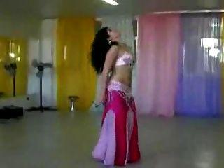 सेक्सी बेली नृत्य