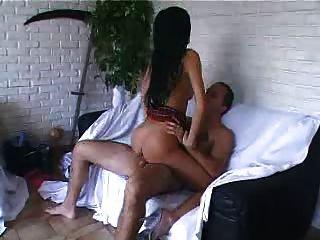 गर्म फ्रेंच लड़की कुछ कट्टर सेक्स
