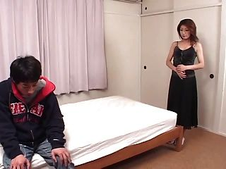 मोजा 47-1 में जापानी लड़की