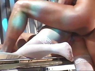 नर्स deepthroat और पैर की अंगुली चूसने