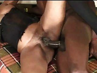 1 पॉर्न दृश्य में काले परिपक्व