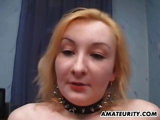 चेहरे के साथ शौकिया प्रेमिका गुदा त्रिगुट