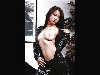 सुंदर स्तन उसे बिल्ली छूत के साथ श्यामला
