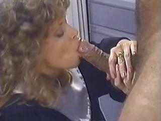 ट्रेसी एडम्स - इस नन मुर्गा प्यार करता है!