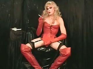 धूम्रपान गर्म Barbi साटन