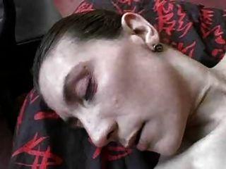 कामुक फ्रेंच एमआईएलए उसकी योनी और गधा मुश्किल गड़बड़ हो जाता है!