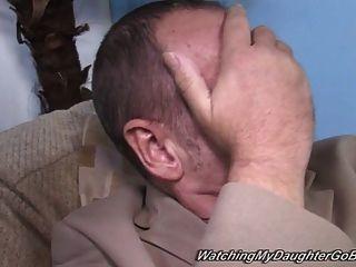 मोटा उपनगरीय महिला पिताजी के सामने बीबीसी fucks