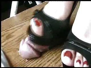 सेक्सी काले peeptoe ऊँची एड़ी के जूते मुर्गा milks