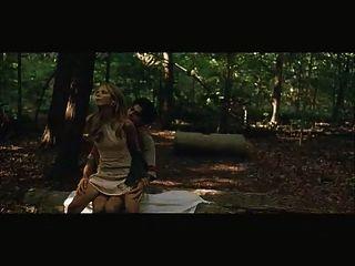 सारा मिशेल Gellar लकड़ी में गड़बड़