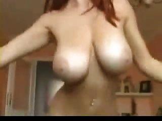 भारी स्तन रेड इंडियन नाच