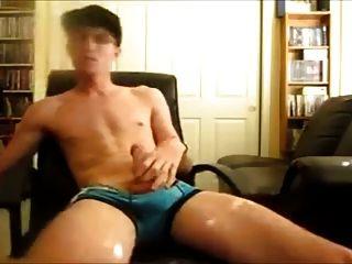 मरोड़ते और cums twink