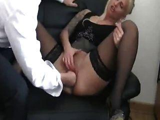 मेरी जर्मन महिला कुतिया मालिक fisting तक वह squirts