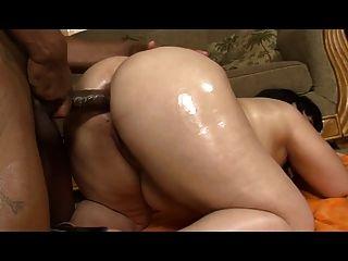 अंतरजातीय सेक्स