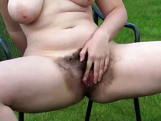 बालों योनी