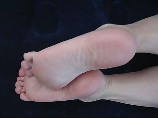 तलवों और पैर की उंगलियों