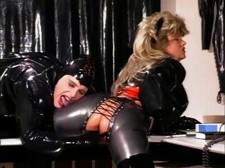 गम औरत (1990) (भाग 2)