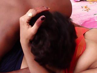 गांव प्रेमी के साथ सींग का बना लड़की रोमांस
