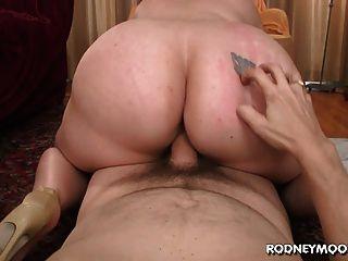 गोरा बीबीडब्ल्यू टिफ़नी ब्लेक बिग फैट स्तन पीओवी